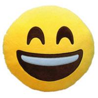 Kissen mit lachenden Whatsapp Emoticon und geschlossenen Augen