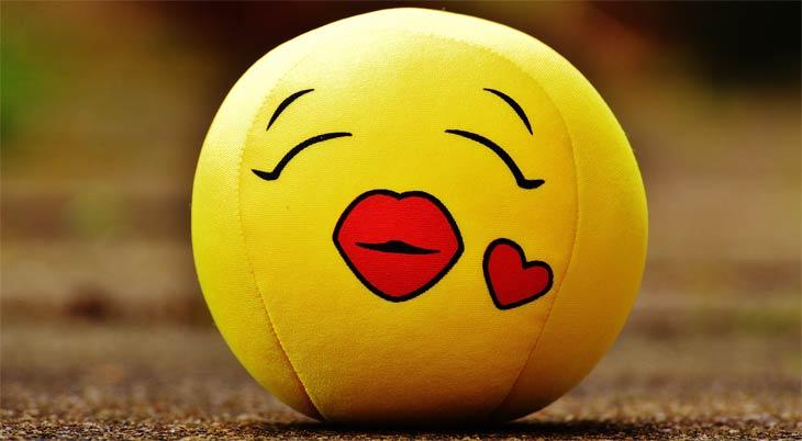 Mit kuss was ein bedeutet herz smiley 😘 Kuss